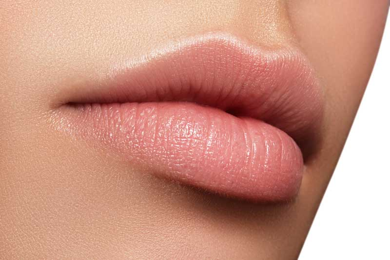 BerlinAesthetik - Eichhorn-Sens Lipppenformung, Lippenaufspritzen, Lippen konturieren, volle Lippen, Hyaluronsäure, Hyaluronsäure, Eigenfett - Beauty Treatment in Berlin Mitte